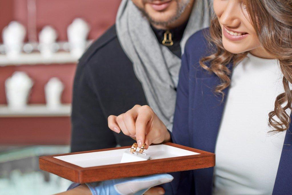 Couple choosing ring