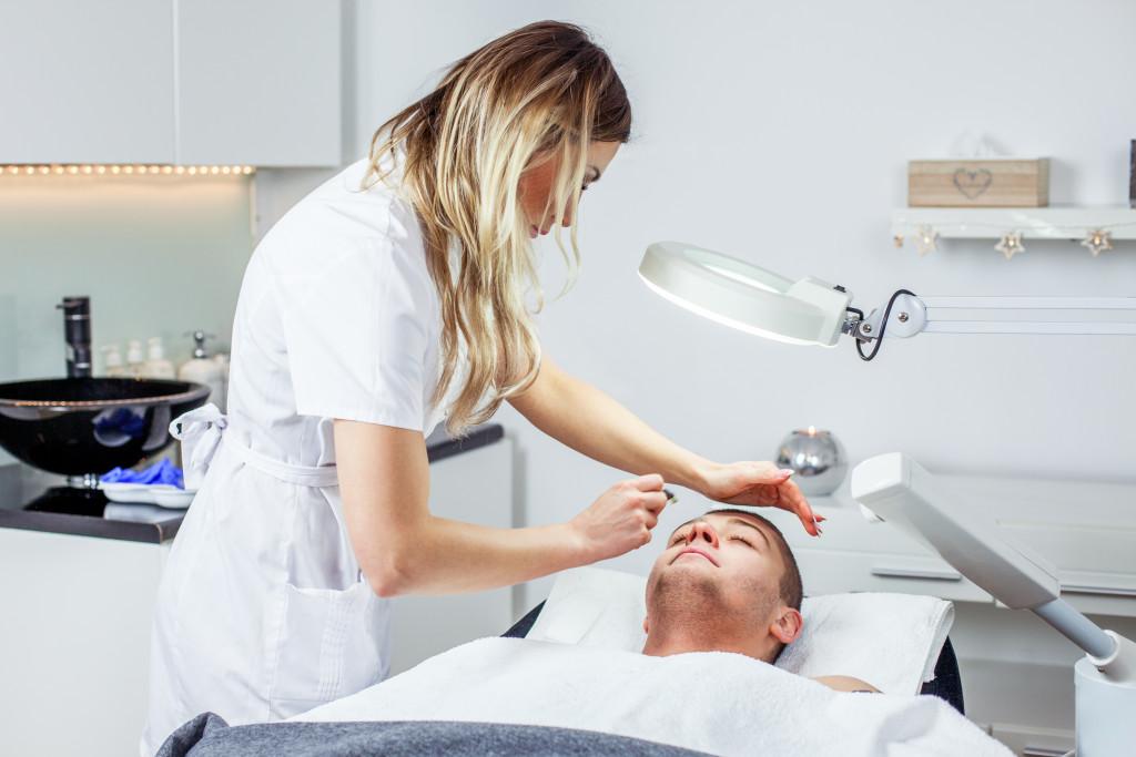 dermatologist and patient